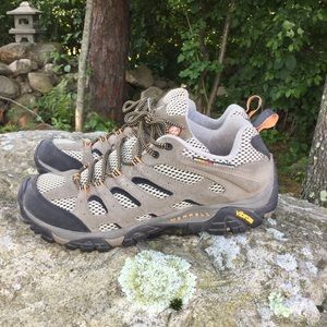 Merrell Moab 2 Vent Hiking Shoe, 10.5